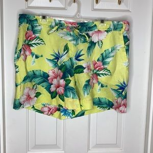 NWT Tommy Bahama Ladies Floral Shorts Yellow XL